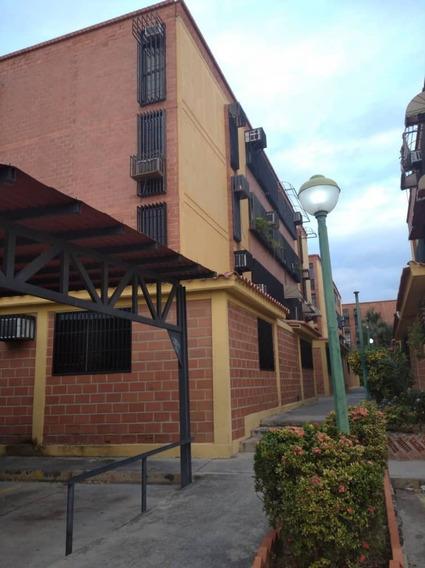 Apartamento En Venta En Av Fuerzas Aereas 04121994409
