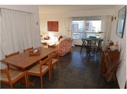 Apartamento En Brava, 3 Dormitorios  - Ref: 16517