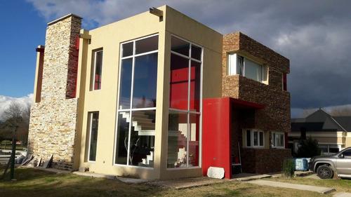 Imagen 1 de 14 de Casa En Club De Campo Las Perdices