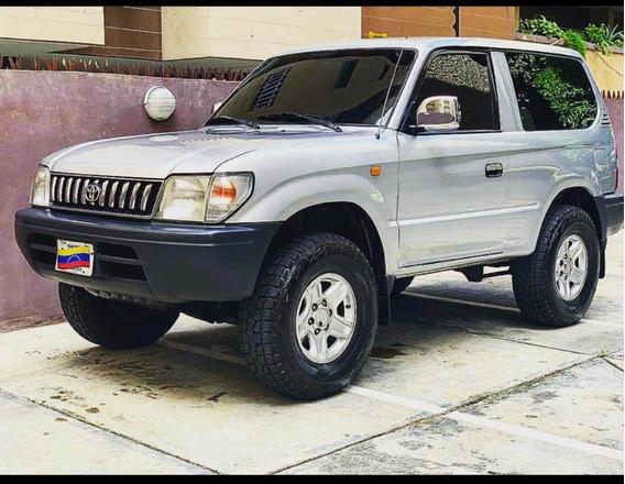 Leer Descripcion Toyota Merú 4*4 Sinc