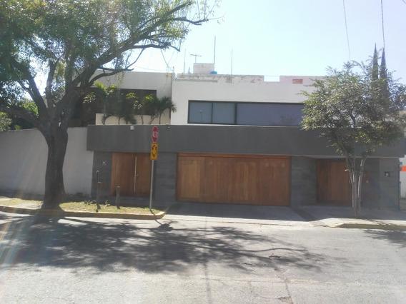 Casa En Renta En Loma Bonita Residencial.