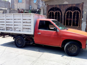 Nissan Pick-up Estaquitas Modelo 86