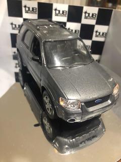 Ford Explorer Na Escala 1/24