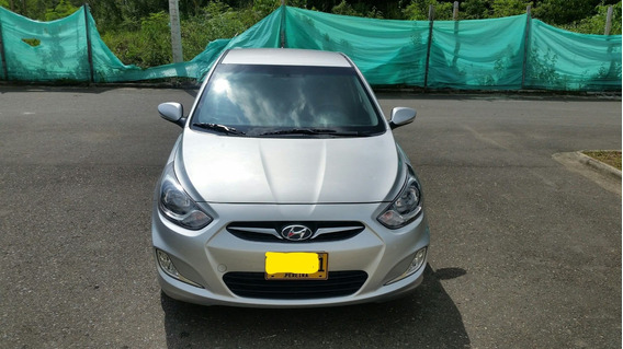 Hyundai Accent Gl Hatch Back Gris Modelo 2015 Motor 1600