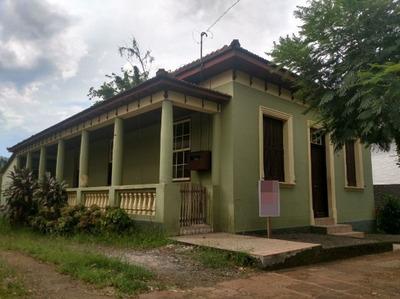 Sítio Em Centro Com 4 Dormitórios - Vr27204