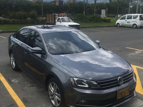 Volkswagen New Jetta 2016 Highline 2500cc, Full.