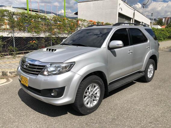 Toyota Fortuner Srv, Modelo:2013, Motor:3000cc Diesel - 4x4.