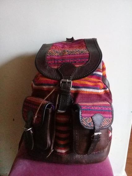 Mochila De Aguayo Y Cuero