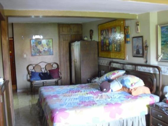 Casa En Venta Este Barquisimeto 20-249 Mz