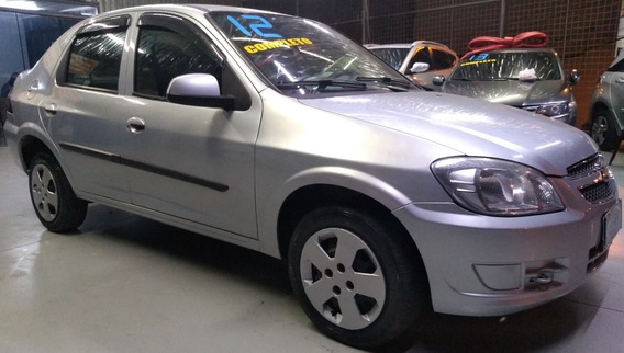 Chevrolet Prisma Lt Prata 1.4/8v - 2011/2012