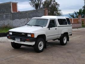 Camioneta Toyota Pickup 4x4 1986 Clasica Original