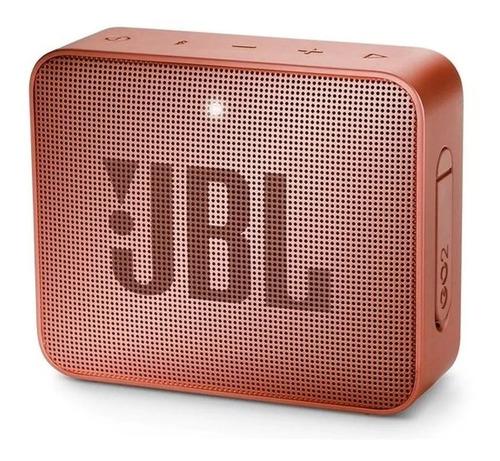 Imagen 1 de 3 de Bocina JBL Go 2 portátil con bluetooth sunkissed cinnamon 110V/220V