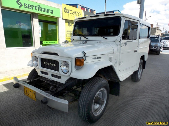 Toyota Land Cruiser Campero