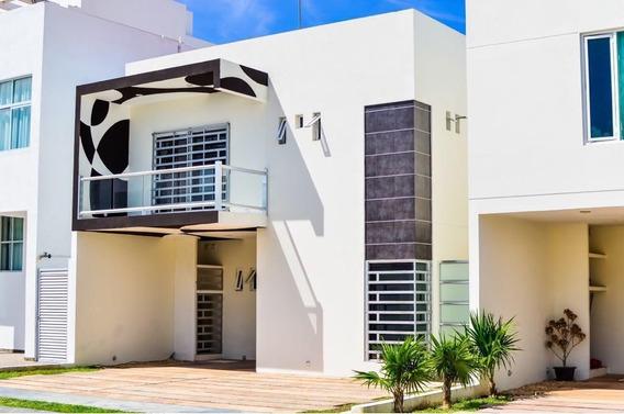 Casa En Renta De 4 Habitaciones En Playa Del Carmen
