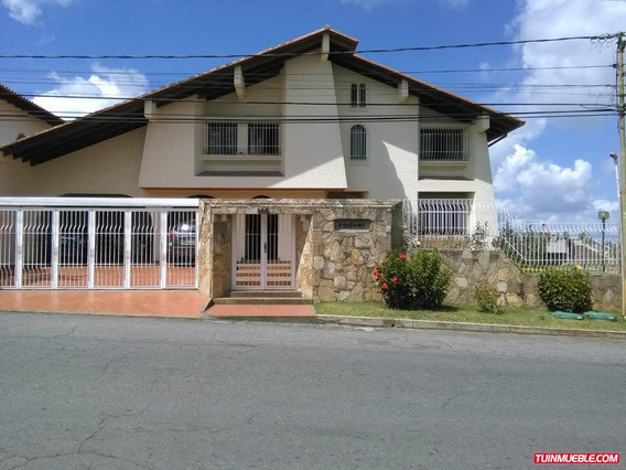 Best House Vende Exclusiva Y Lujosa Quinta En Club De Campo