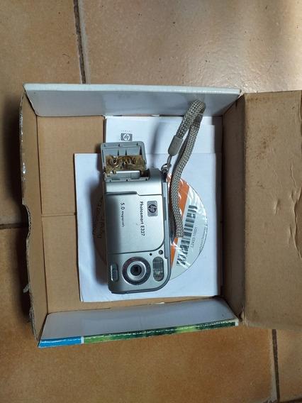 Câmera Digital Hp. Photosmart E327. Super Conservada.