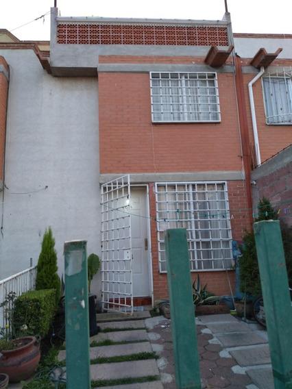 Casa De 3 Recamaras Fraccionamiento Los Álamos, Chalco