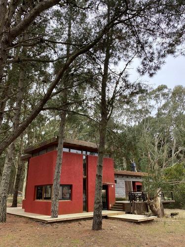 Imagen 1 de 14 de Casa De 5 Ambientes En El Bosque De Costa Esmeralda