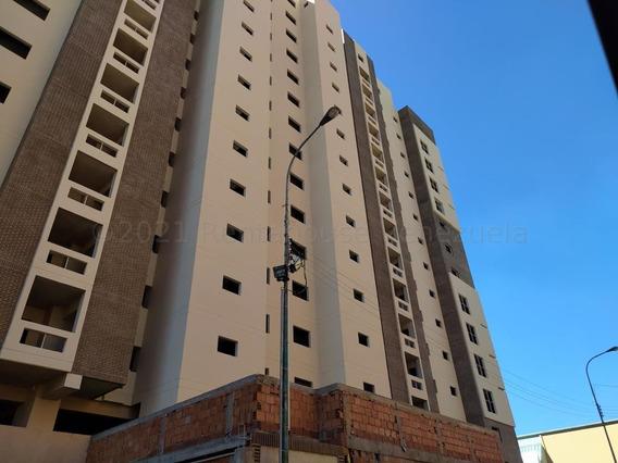 Apartamento En Venta En Base Aragua Mls21-13024dct