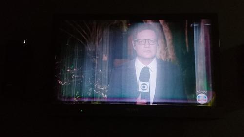 Imagem 1 de 5 de Vendo Pçtv Sony 32 (3d) Com Defeito No Lcd (leia O Anuncio)