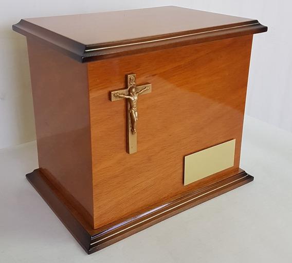 Urna Funeraria Para Cenizas Clásica Cristo