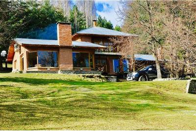 Hermosa Casa En Terreno De 2 Hectáreas, Lago Puelo
