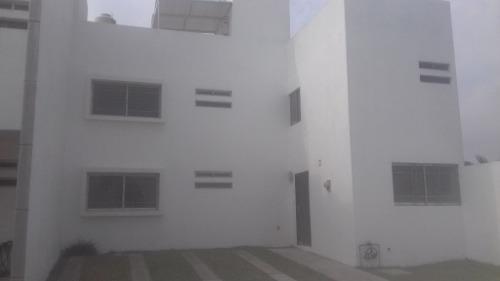 Casa En Renta Dentro De Cañada De San Lorenzo