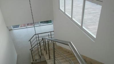 Se Alquila,apartamento 4hab C/ Terraza,jacuzzi Y 3 Parqueos!