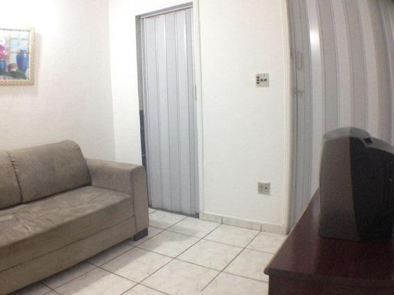 Sala Living/cozinha/01 Banheiro/garagem Coletiva. - Kn0564
