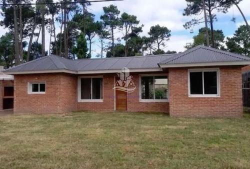 Tu Casa En   Punta Del Este A Estrenar, Financiacion Bancaria  - Ref: 29944