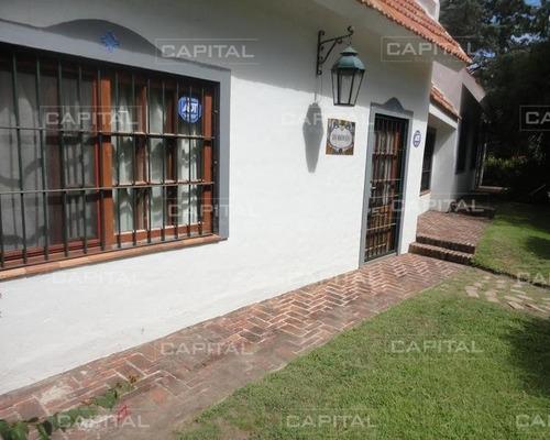 Casa En Playa Brava- Ref: 24900