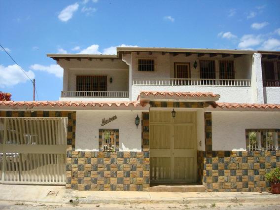 Casa En Venta En Clnas. De Santa Mónica Rent A House Tubieninmuebles Mls 20-5173