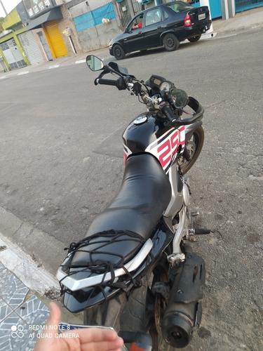 Imagem 1 de 4 de Yamaha Fazer