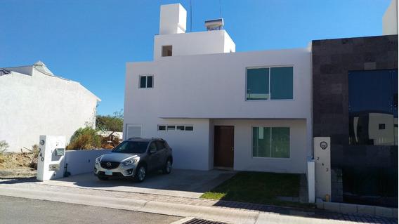 Casa En El Refugio, A Unos Pasos Del Parque El Jagüey