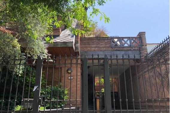 Chalet En Venta En Villa Sarmiento