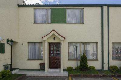 Casas En Venta Villa Mayor Oriental 90-58770