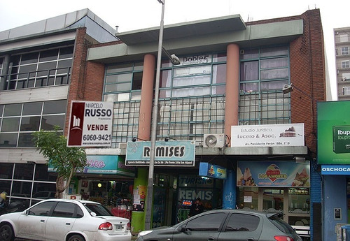 Imagen 1 de 1 de Edificio En Block