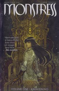 Hq Encadernada Monstress Vol. 1 Fantasia Image Liu Em Inglês