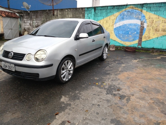 Volkswagen Polo Sedan 1.6 Total Flex 4p 2006