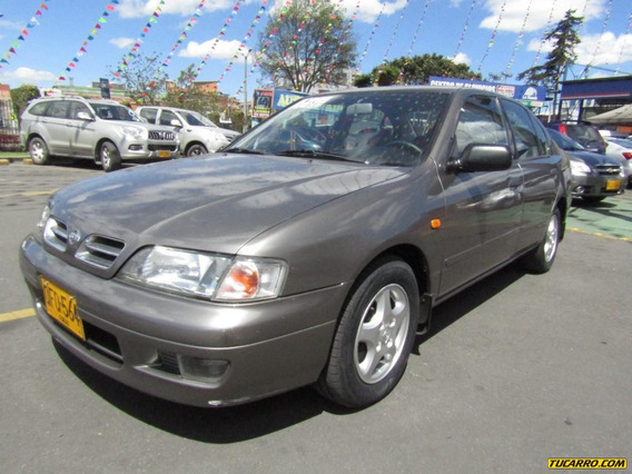 Nissan Primera Gxe At 2000cc
