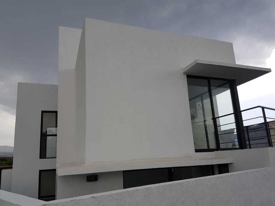 Hermosa Casa En Renta En Real Juriquilla En La Seccion De Grand Juriquilla