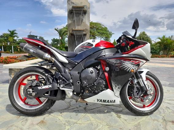 Vendo Yamaha R1 2012
