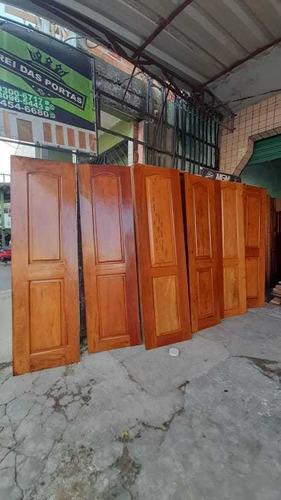Imagem 1 de 3 de Portas Invernizadas De Angelim Pedra