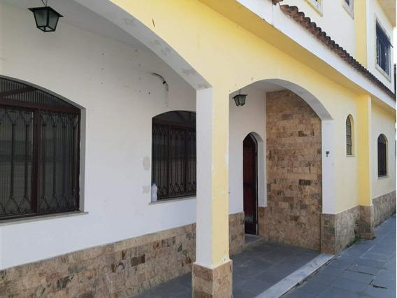Casa 4 Quartos - Ótimo Acabamento - Proximo Ao Centro