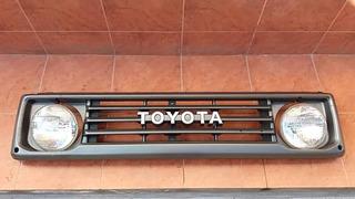 Mascarilla Toyota Land Cruiser Genuino