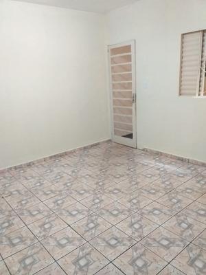 Apt 2 Quartos, Sala, Cozinha, Banheiro