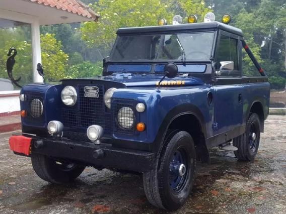 Land Rover Santana 2300 Mt