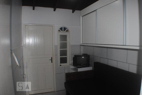 Apartamento Térreo Mobiliado Com 1 Dormitório E 1 Garagem - Id: 892954476 - 254476