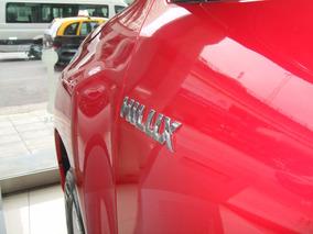 Toyota Hilux Sr 4x2 Descuentos Exclusivos!