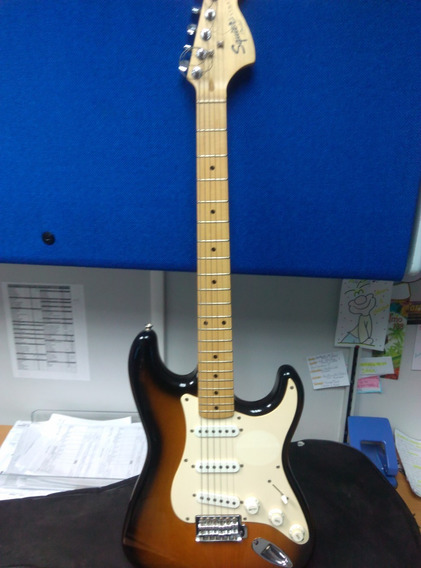Guitarra Electrica Squier Fender